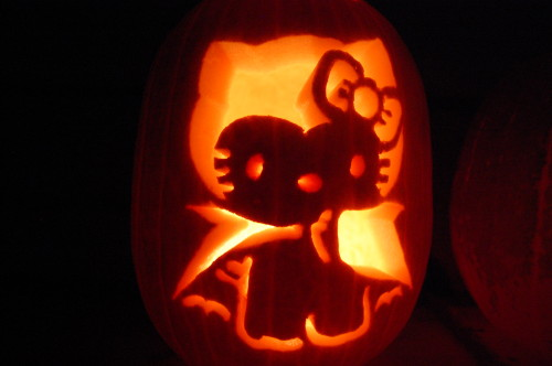 The gallery for zombie hello kitty pumpkin stencils for Hello kitty pumpkin carving patterns